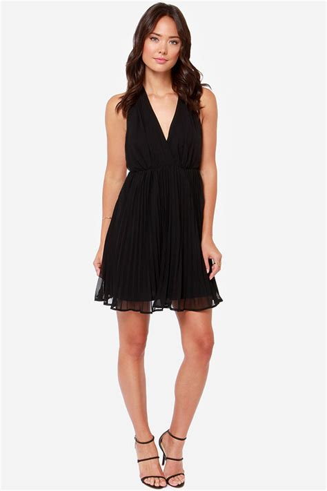 Lulus Exclusive Offer Get 15 On Fab Clothes by Pretty Black Dress Pleated Dress Halter Dress 42 00