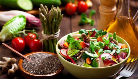 alimento meno calorico los 40 alimentos m 225 s sanos con menos de 50 calor 237 as