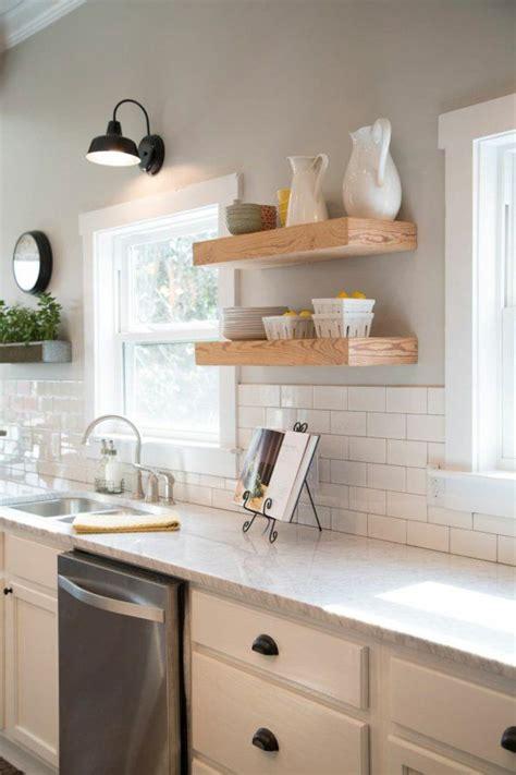 küchenfliesen landhausstil die besten 25 moderner landhausstil ideen auf
