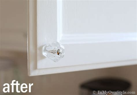 Where To Place Knobs And Pulls On Kitchen Cabinets by How To Install Cabinet Knobs With A Template In My Own Style