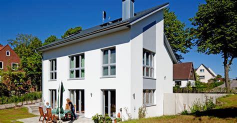 Haus 20 Lübeck by Individuelles Haus Bauen Architektenh 228 User D 252 Mer Gruppe