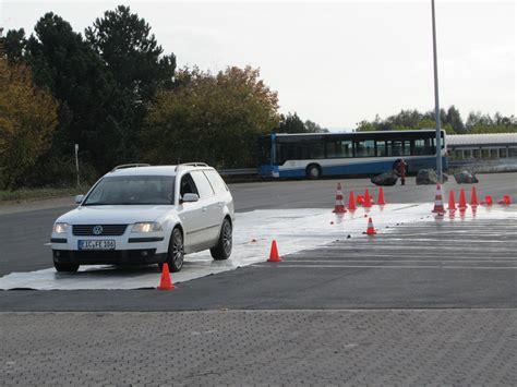 Motorrad Fahrsicherheitstraining Ammerland by Verkehrswacht G 246 Ttingen E V Sicherheitstraining Pkw Am