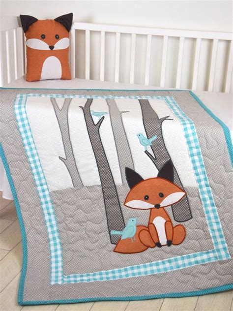 baby crib quilt the 25 best ideas about baby quilts on baby
