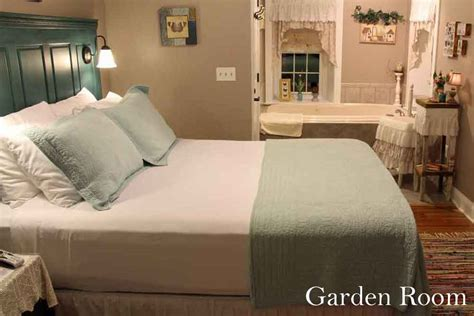 romantic bed and breakfast pa bed and breakfast in lancaster pa airy view b b