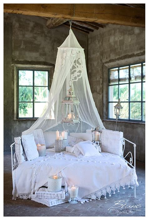 ladario shabby chic on line 1000 images about shabby chic cottage on