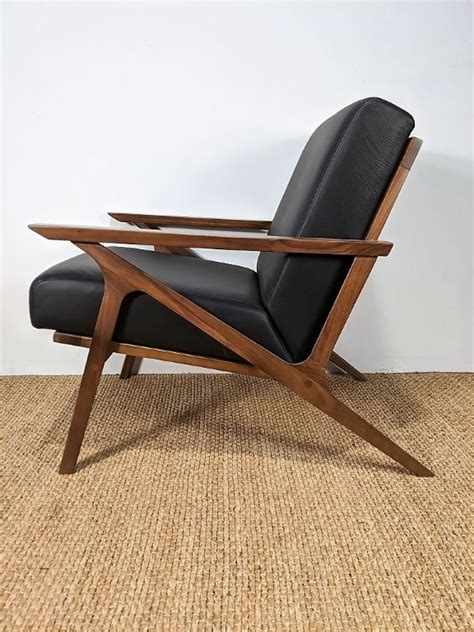 mid century modern style contemporary black leather lounge