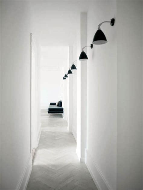 Merveilleux Idee Deco Long Couloir #1: idee-deco-couloir-long-etroit-eclairage.jpg