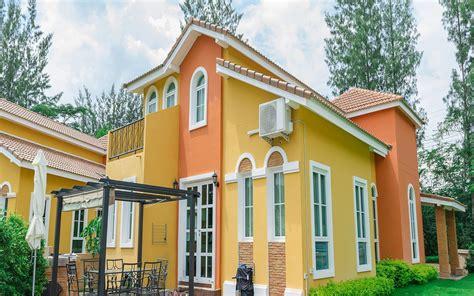 warna cat rumah bagian luar  bagus blog qhomemart