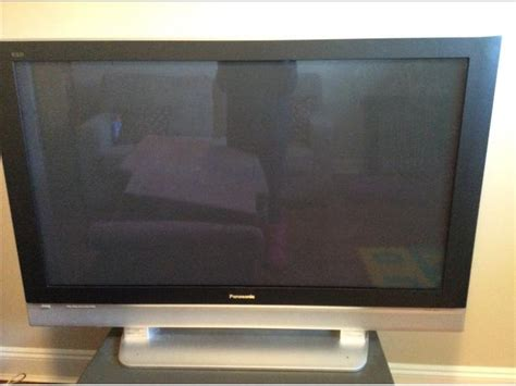 Tv Flat Panasonik 52 inch panasonic flat screen saanich