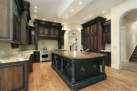Classic Style Brown And Black Teak Wood Kitchen Cabinet