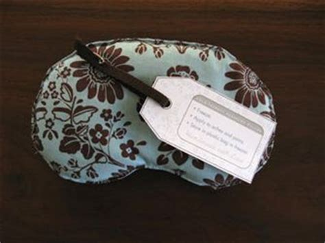 eye pillow stuffed with flax seed this has