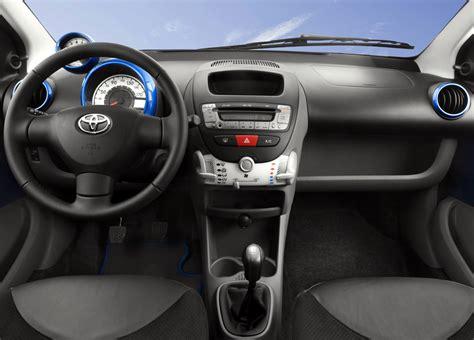 Toyota Aygo Inside Auto Iphone 4 Mogelijkheden Iculture Forum Iphone