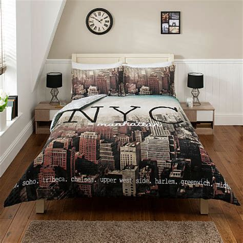 Nyc Comforter Set by New York City Nyc Manhattan Skyline Duvet Cover Set