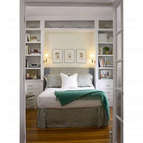 creating space in a small bedroom kako malu spavaću sobu učiniti većom uređenje interijera
