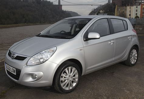 hyundai i20 uk photo 4 4992