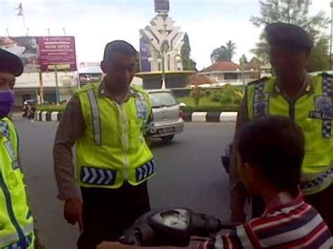 download mp3 adzan anak kecil merdu download anak kecil melanggar peraturan lalu lintas di