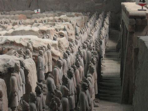 Ranjang Giok file terracotta army china2 jpg wikimedia commons