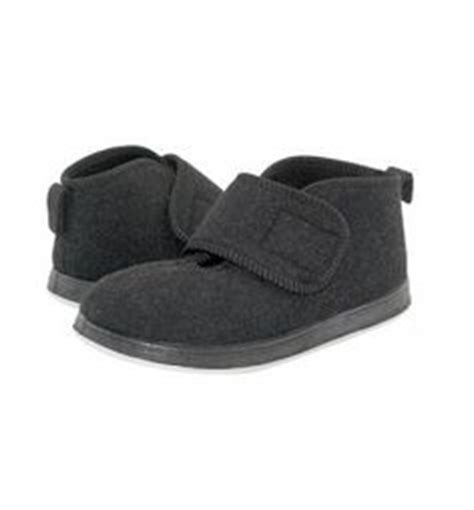 most comfortable moccasins 1000 images about most comfortable slippers on