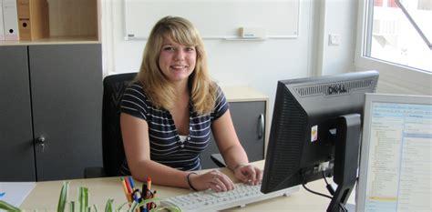 Henkel Bewerbung Englisch Ausbildung Plus Bei Sma Der Sma Corporate