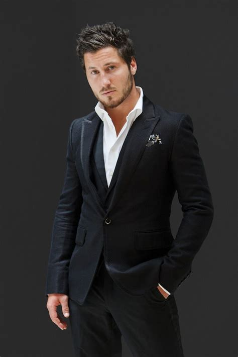valentin chmerkovskiy with the pros american idols tour in