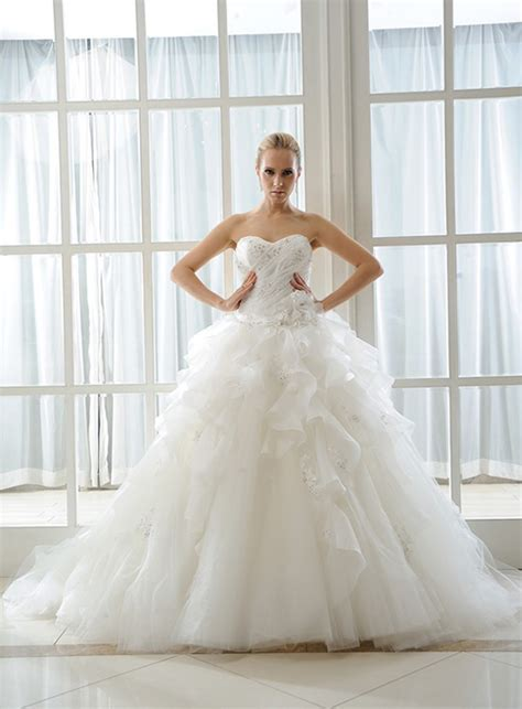 Wedding Dress Meaning by What S The Meaning Of Blue Green Or Pink In Colored