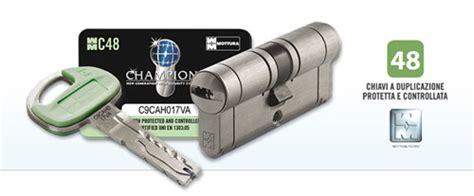 come si apre una porta senza chiave cilindro europeo mottura sicurezza chions c48 31 51