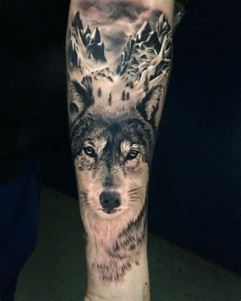 tattoo arm wolf 25 best ideas about wolf tattoos on pinterest wolf