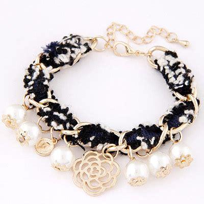 Flirty White Elephant Pearl Korean Fashion Bracelet wholesale black white pearl decorated weave design alloy