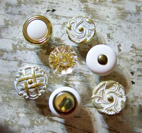 Closet Door Knobs Decorative 5 Ways To Decorate Your Closet Doors