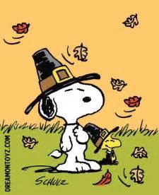 snoopy thanksgiving photos free cartoon graphics pics gifs photographs peanuts