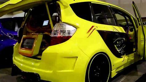 Tv Mobil Jazz modifikasi honda jazz racing option platinum funnydog tv