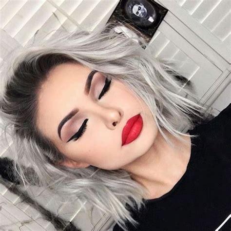 kurze graue haare rundes gesicht modische frisuren