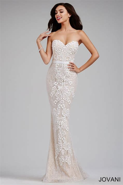Strapless lace fitted gown with nude underlay, sweetheart