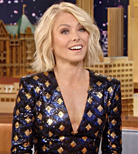 what is the net worth of linda ripa kelly ripa net worth husband salary age wiki