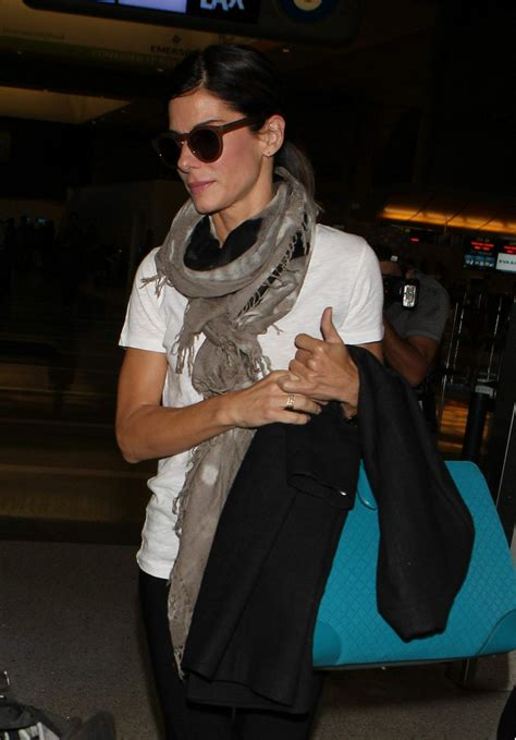 sandra bullock lax airport 05 sandra bullock arrives ar lax airport in los angeles