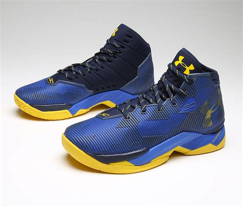 Sepatu Basket Armour Curry 2 0 White Blue Cr Import curry 2 5 blue yellow solefreaks