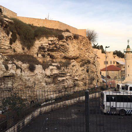skull hill golgotha jerusalem