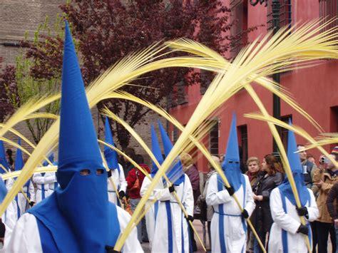 domingo de ramos file domingo de ramos cofrad 237 a de la entrada zaragoza