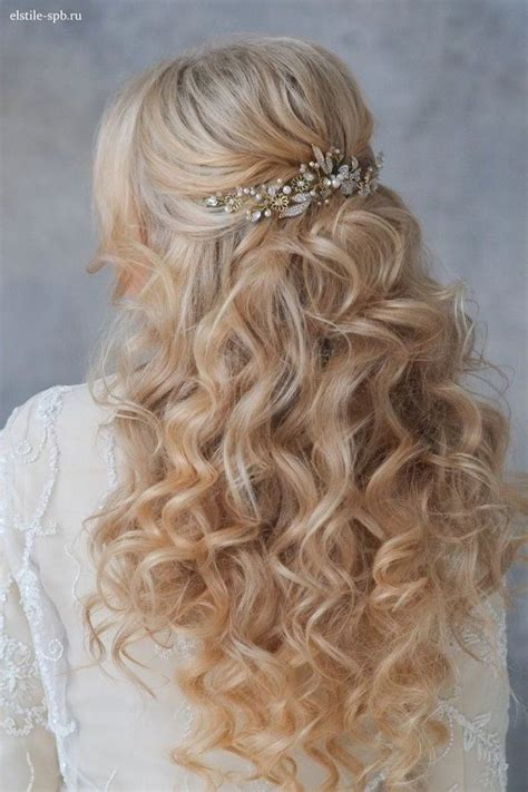 Wedding Hairstyles Up With Curls by Wavy Half Up Half Wedding Hairstyle With Pearl