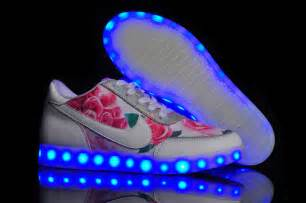 light shoes nike light up nike for national milk producers federation