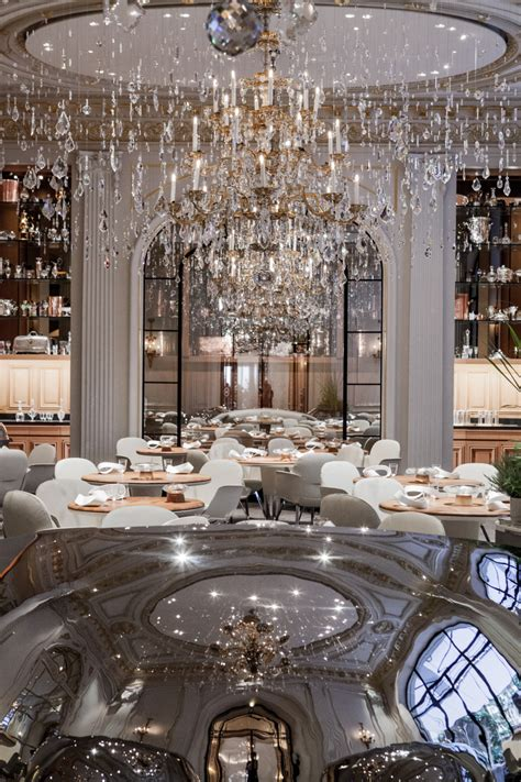 Restaurant Chandelier Alain Ducasse Au Plaza Ath 233 N 233 E Jouin Manku Design Studio Restaurant Bar Design