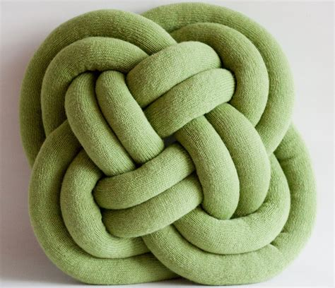 knot pillow notknot pillow cosy oversized knotted pillow 187 gadget flow