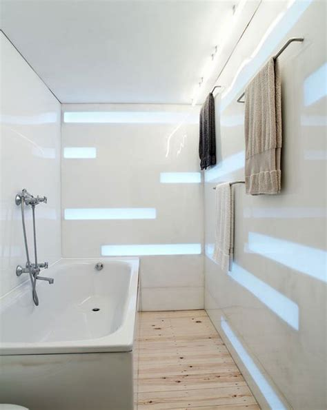 simple bathtub bathroom in simple bathroom tile ideas