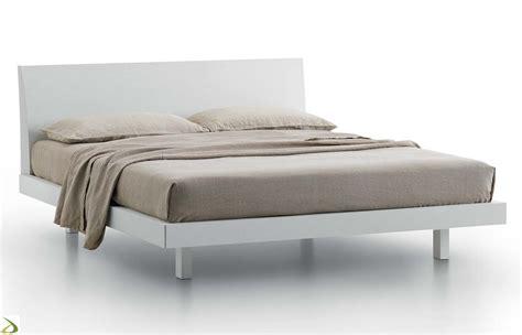 letti matrimoniali moderni in legno letto moderno samar arredo design