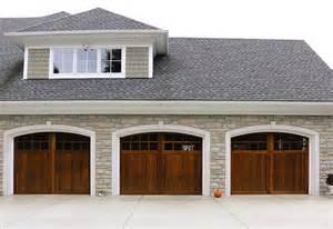 Overhead Door Styles Garage Door Pictures Before After Images Garage Door Styles Garage Door Design Tips