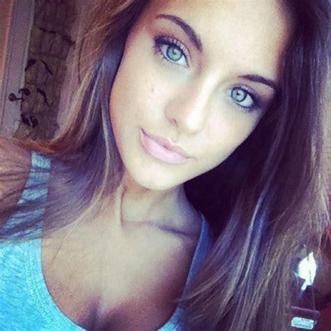 beautiful blue eyes brunette girl selfie lu 161 s and i 162 162 elena models potential beautiful college