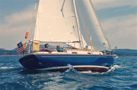sailboats under sail the morris 28 linda sailboat bluewaterboats org