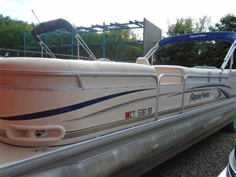 bennington pontoon boats for sale in ct used power boats pontoon boats for sale in connecticut