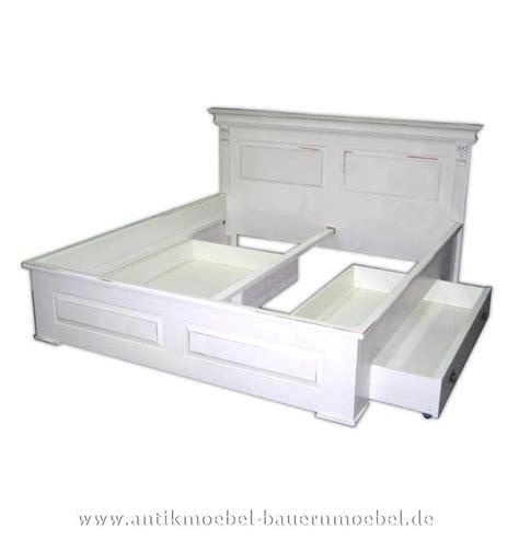 doppelbett weiß schlafzimmer braun