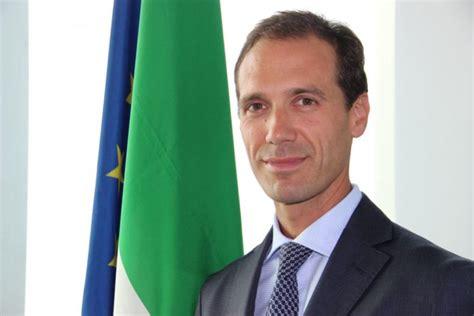 consolato cinese italia doing business and investment in italy con il consolato di
